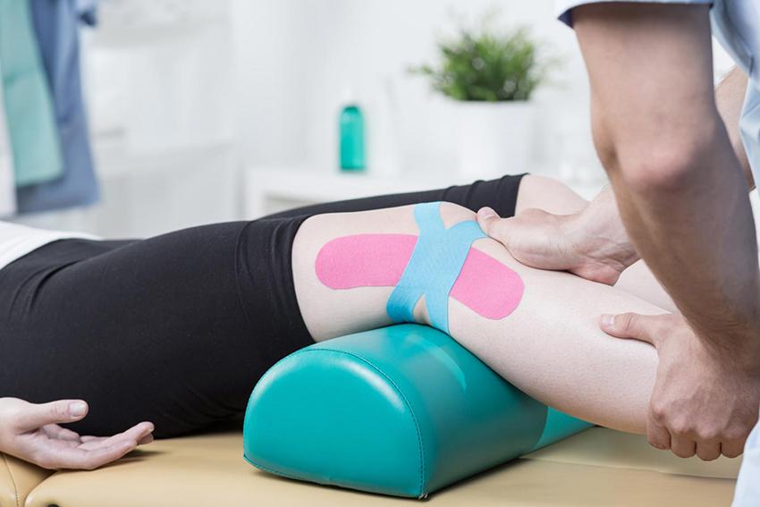 bendaggio funzionale ginocchio